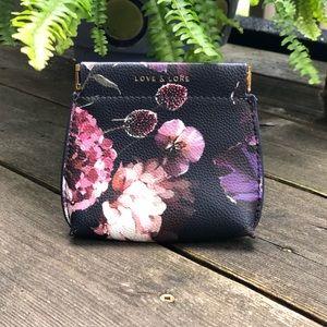 Love & Lore | 'Thea' pop coin purse